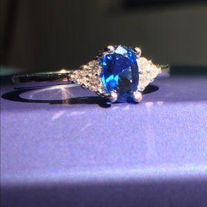 Elegant 925 silver sapphire ring (blue/white)